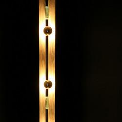 Lampe haute en chêne massif