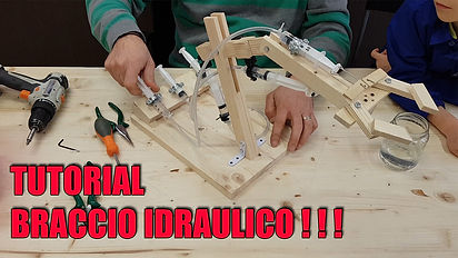 MINIATURA BRACCIO ROBOTICO.jpg