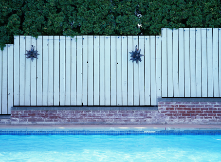 What Type Of Fence Is Best For A Backyard Pool?