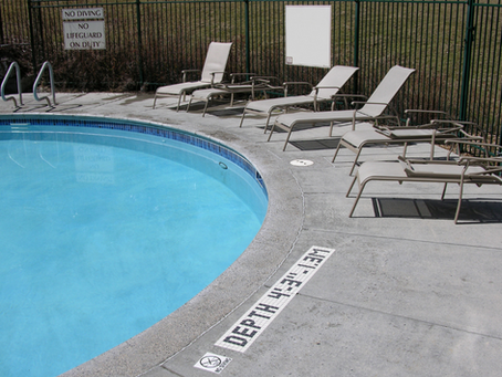 What to Look For When Buying A Pool Fence