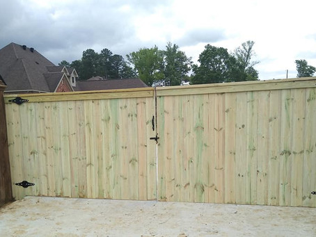 What To Know BEFORE Buying A Fence