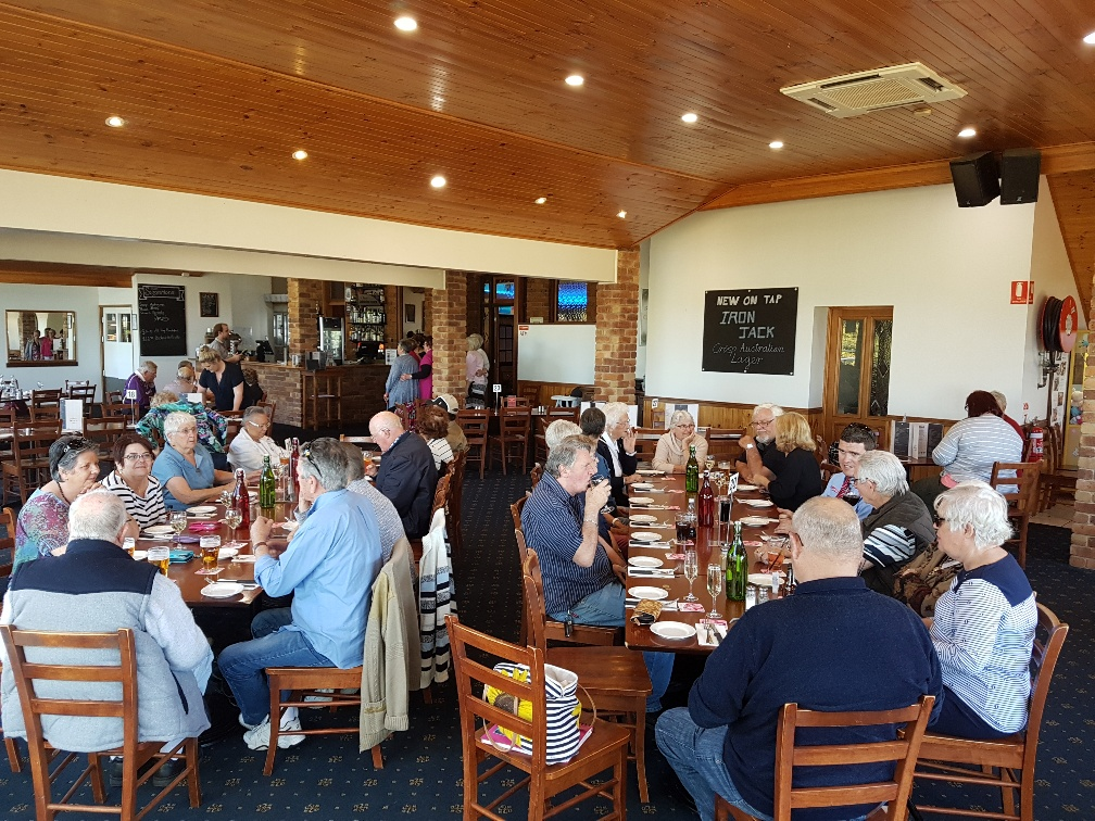 National-Seniors-Redcliffe-Lunch Blue Mtn Hotel