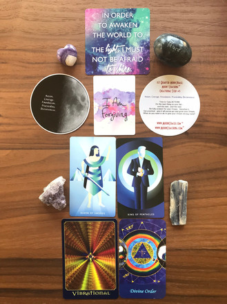 MoonCoaching™ Astro.Tarot.Ology™ Message for 8/9 to 8/11/19: