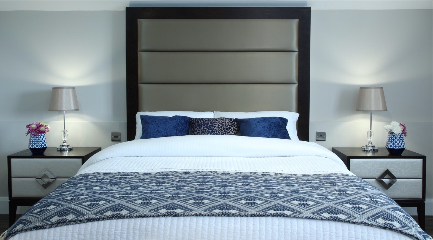 Carrickarede Five Star Minimalist Luxury Bedroom