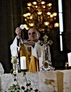 Bischof Ivo Muser.jpg