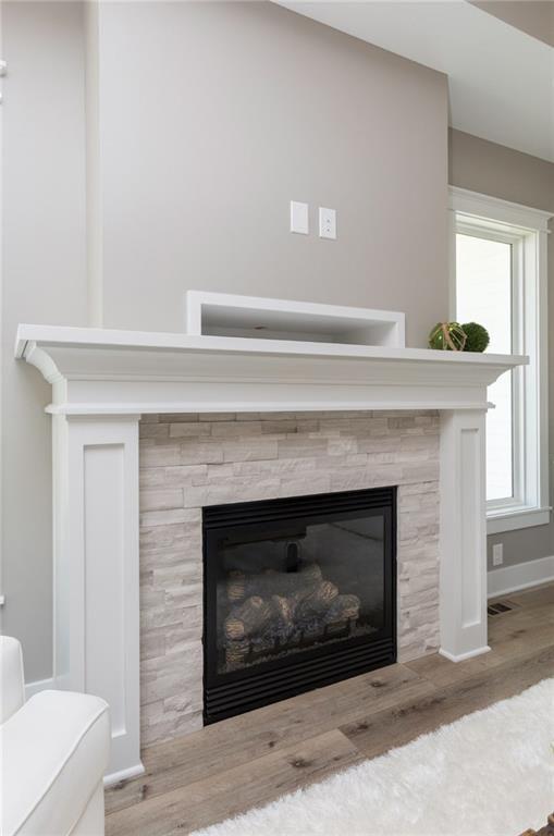 Buckeye Standard Fireplace