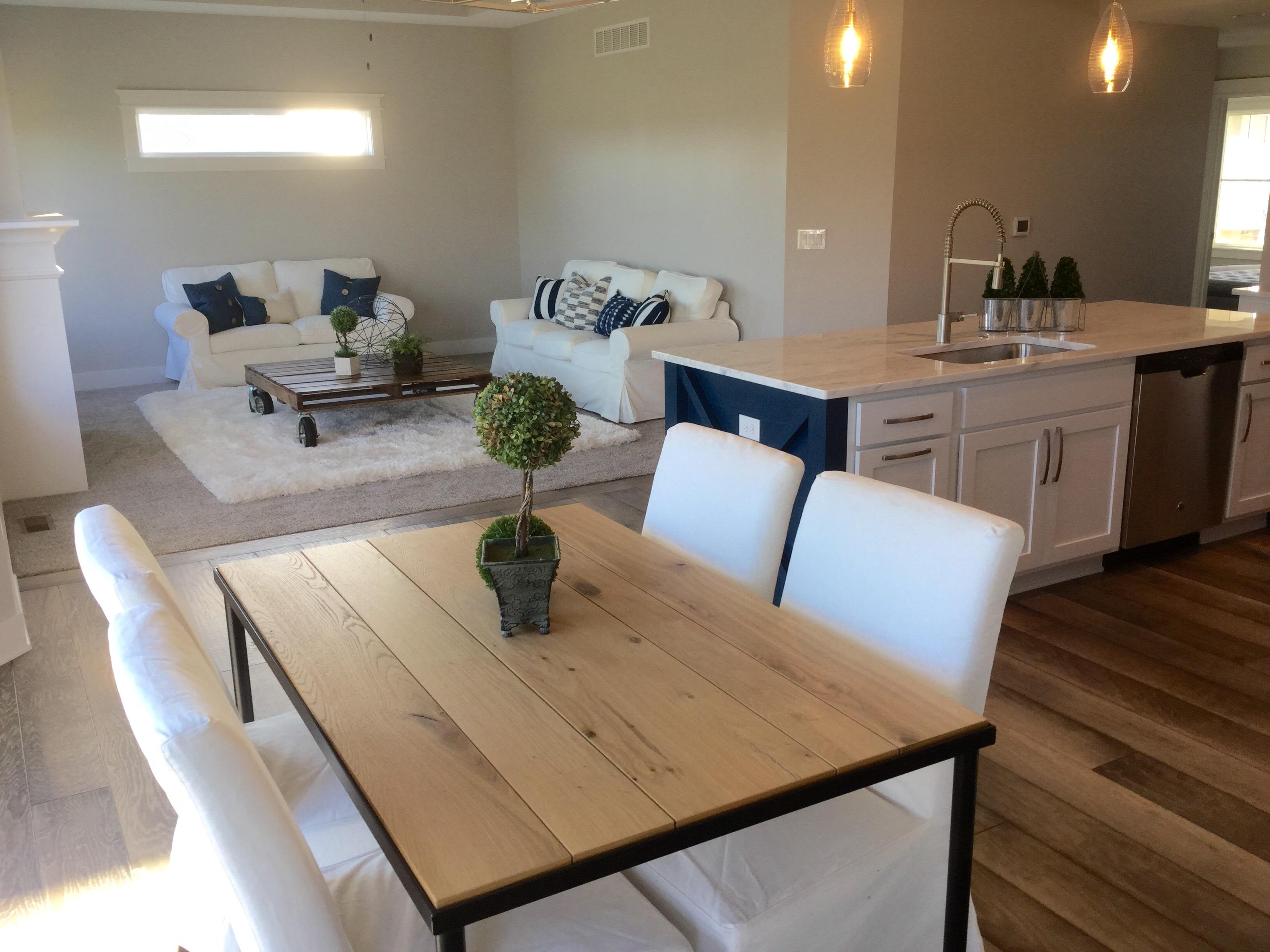 Cypress Kitchen & Dining