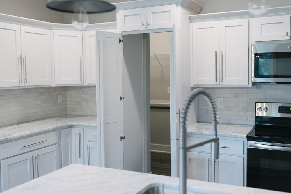 Linden Pantry / Kitchen