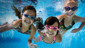 How to hire a good pool service company