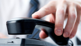 What is good telephone etiquette service?