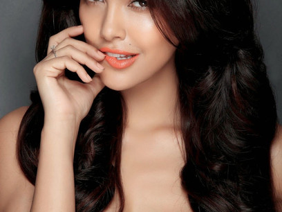 Bollywood Actresses That Did Their Breasts
