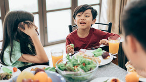 Childhood Eating Experiences May Influence Adults