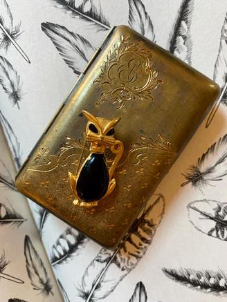 italian gold case cat