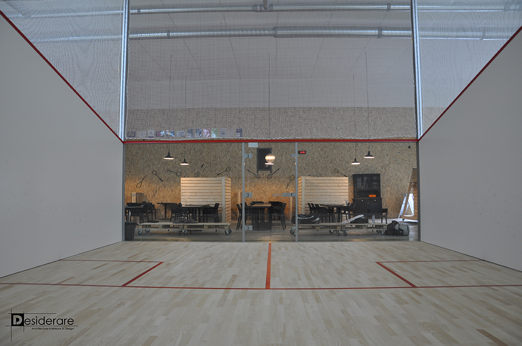 La maison du squash / terrain