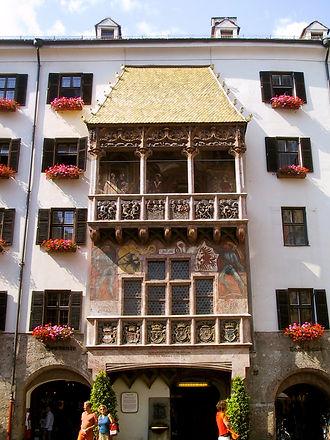 Goldenes_Dachl_(Innsbruck).jpg