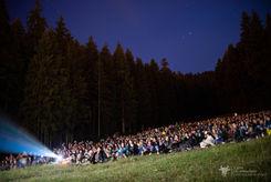 """Proiecție """"Singură la nunta mea"""" - Pârtia de ski Istrati"""