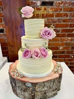 Simply Irresistble Wedding Cake 3