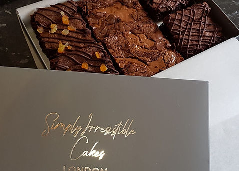 Simply Irresistble Luxury Cakes.jpg