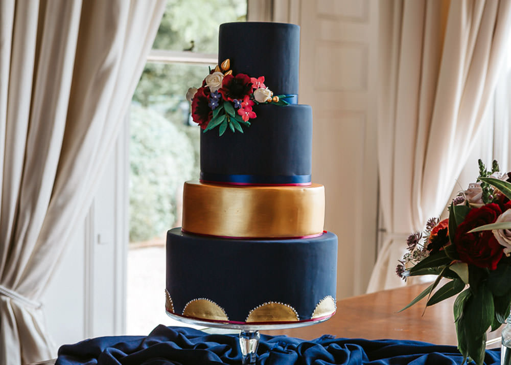 Black and Gold Wedding Cake closeup