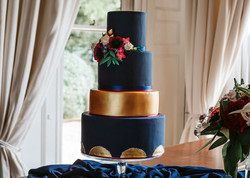 Black and Gold Wedding Cake closeup