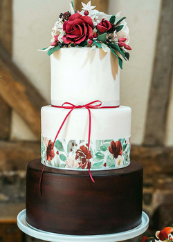 3 tier wedding cake close up