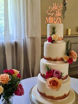 Simply Irresistble Wedding Cake 1