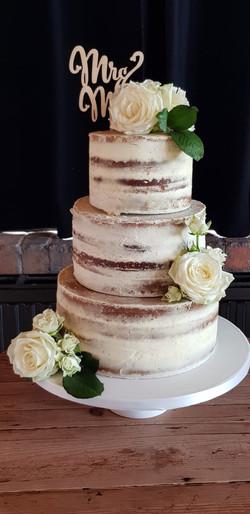 Simply Irresistible Cakes - Celebration