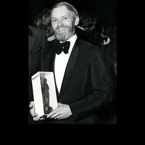 Bill Mason receiving award