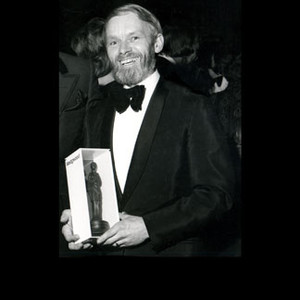 Bill Mason receiving award