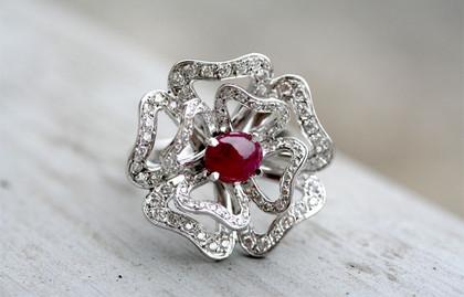Fleurs, « Les pétales de diamant… »