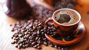 Coffee and tea can increase your metabolism and help you burn fat