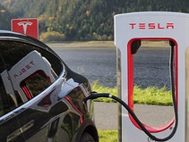 Tesla EVs are Reported to be Failing Edmunds Range Test