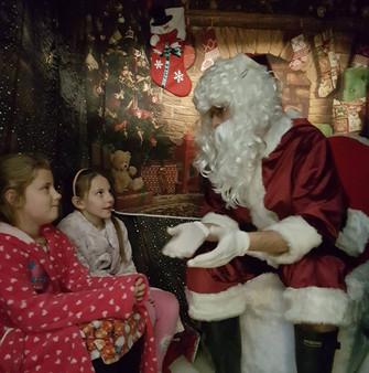 Christmas grotto 1.jpg