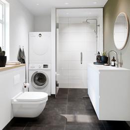 Modern_bathroom_version 3_bronze_final_0