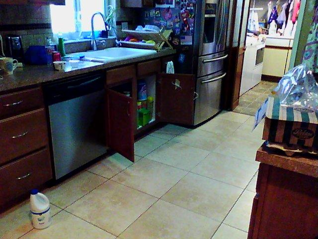 Kitchen floor with slab leak