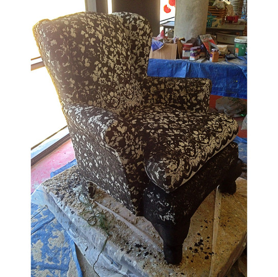 SACRED HEART Chair 5.jpg