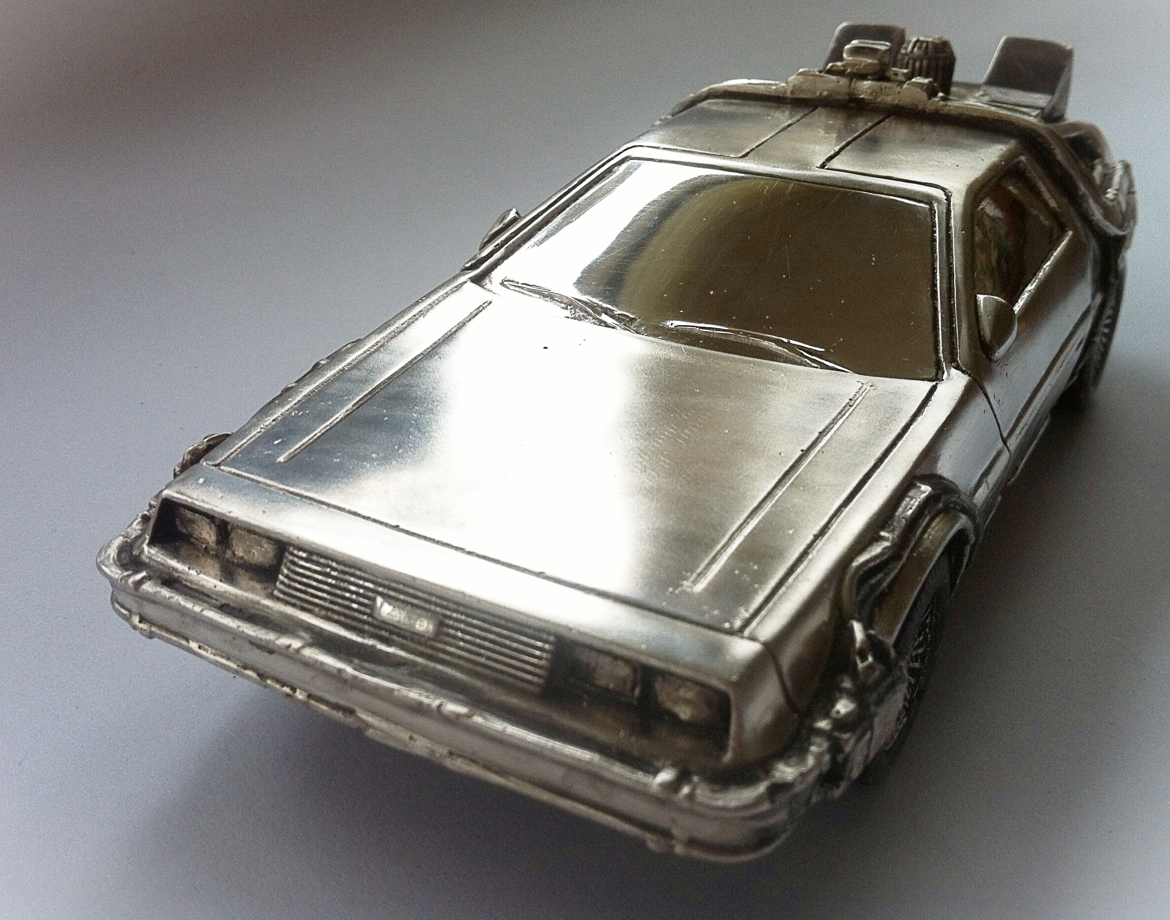 Delorean. front