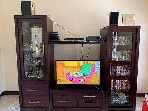 Coricraft TV Set