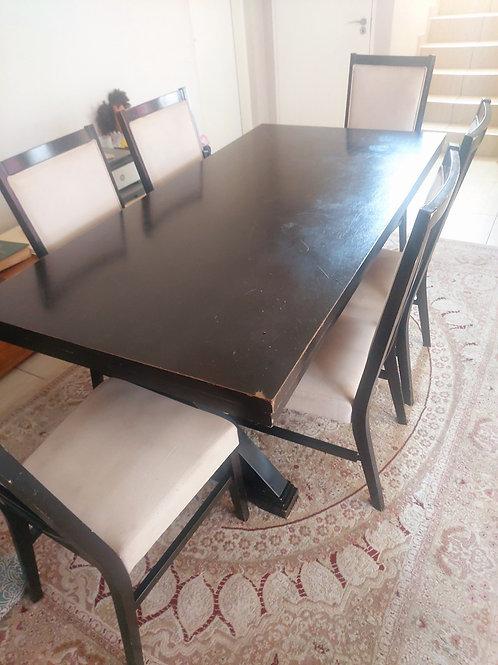 6 Seater dinner table