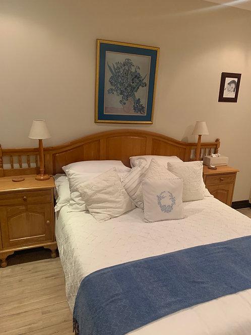 Solid Oak wood Queen Bed suite