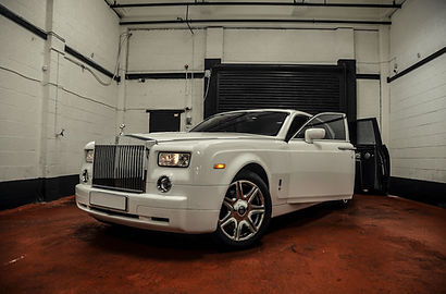 Rolls Royce Phantom Hire - Sports Car Hire - Supercar Hire - Luxury Car Hire - Chauffeur Hire