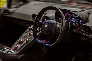 Lamborghini Huracan Hire - Sports Car Hire - Supercar Hire - Luxury Car Hire - Chauffeur Hire