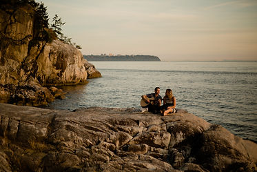 lighthouse park engagement session