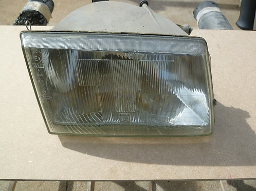 Optique avant droit Peugeot 309 II
