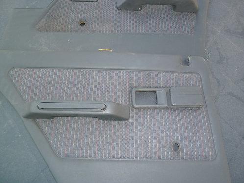 4 Garnitures de portes Peugeot 309