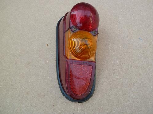 Feu AR pk Renault 4