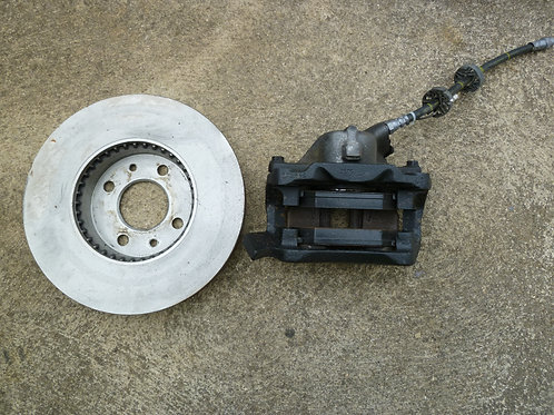 Jeu disques plaquettes de freins AV + étriers Renault Safrane phase 1