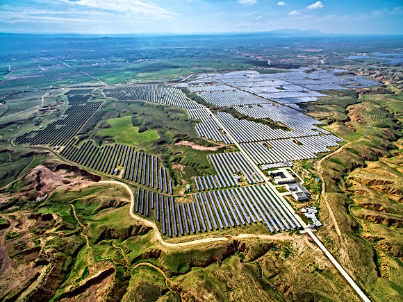 Utility Solar  PV panel, Solar Panels  mounted on solar racking, solar trackers, Sustainnable Energy Management Systems, SEMS, Hardening PV Systems for Resilience Sustainable Energy Management Systems Utilitas Trac Solar Tracker web page