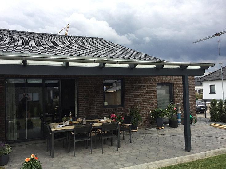 5,06m x 4m Terrassenüberdachung Holz mit Stegplatten Eindeckung