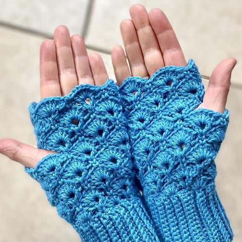 Pretty shell rainbow fingerless mittens